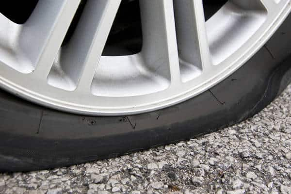 Low tire (Photo: iStockPhoto)