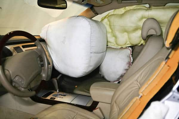 Airbags (Photo: iStockPhoto)