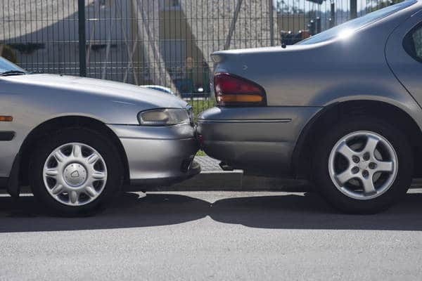 Cars parked bumper to bumper (Photo: iStockPhoto)