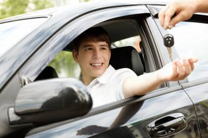 7 ways to keep your teen driver crash-free