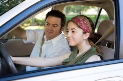 6 keys to selecting a driving school